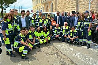 Noicattaro. Benedizione defibrillatore e mezzo antincendio Protezione Civile front