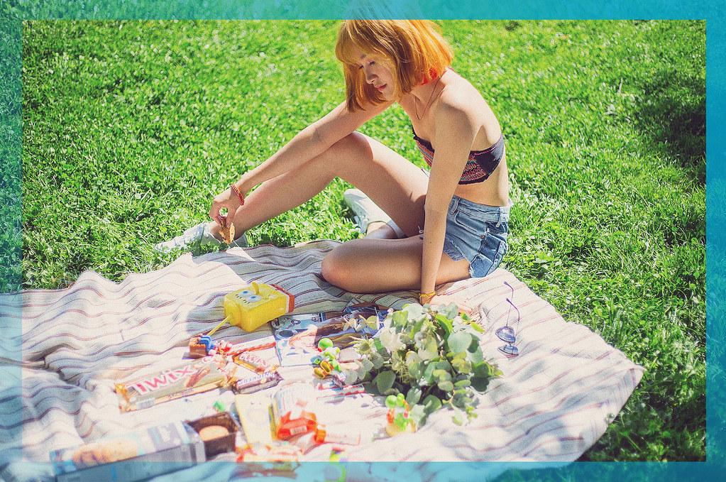 miu-picnic-linhbaybong