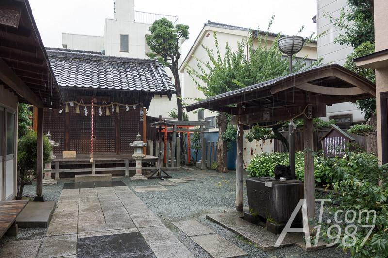 Yakushi Shrine