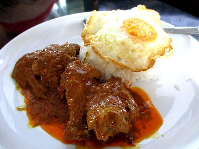 101 Food Court Stall 19 chicken rendang rice