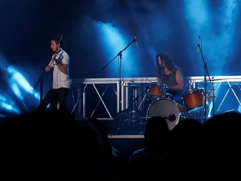 Concert Rock avec violon, violoncelle et batterie 35042535010_2bcef2d14f_c