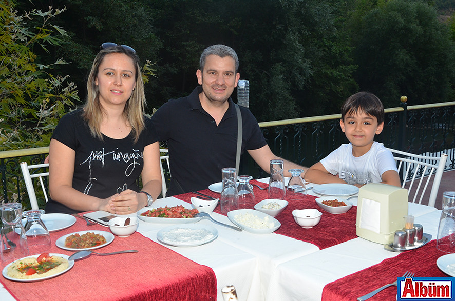 Meltem Arslan, Mustafa Arslan, Mert Arslan
