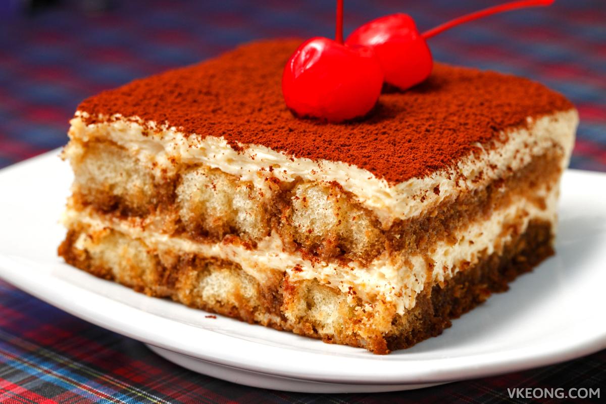 Bravo Italiana Tiramisu Cake