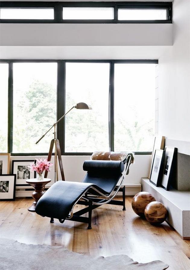 Các chi tiết dư thừa như trường phái Tân Cổ Điển, Phục Hưng sẽ phải được loại bỏ. Thay vào đó là hình học đơn giản, những đồ dùng nội thất phải đơn giản với những đường nét gọn gàng nhất, nhưng phải thật thoải mái về mặt công năng.
