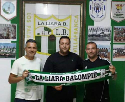 Antonio Ortega y Juan José Fernández firman por la Liara Balompié en Los Palacios