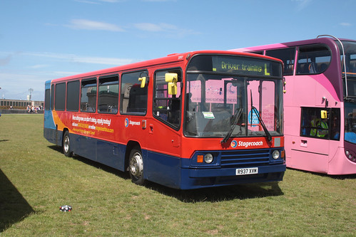 Stagecoach South 20937 R937XVM