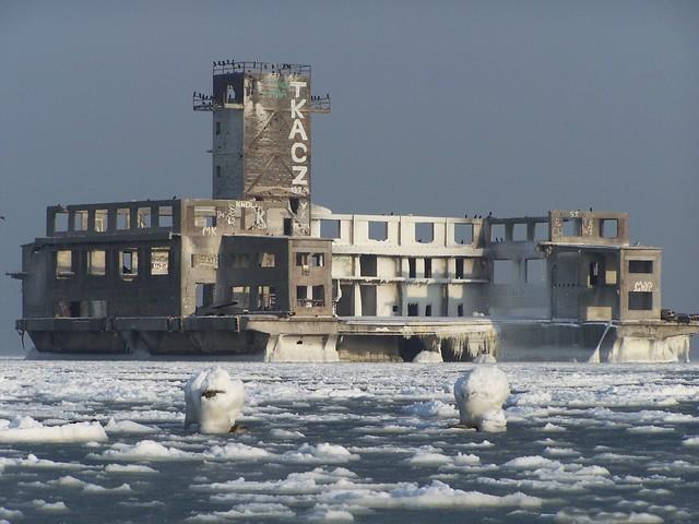 Torpedownia in Winter