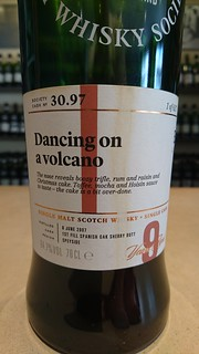 SMWS 30.97 - Dancing on a volcano