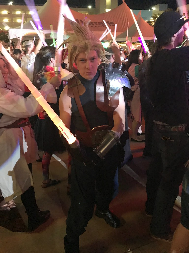 Cloud Strife Lightsaber