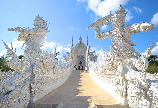 chiang rai thailand wat rong khun white temple