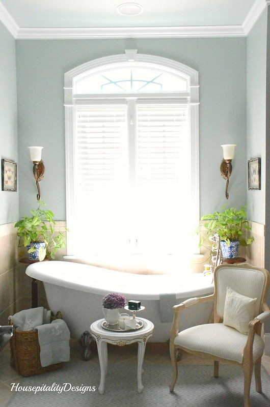 Master Bath-Housepitality Designs