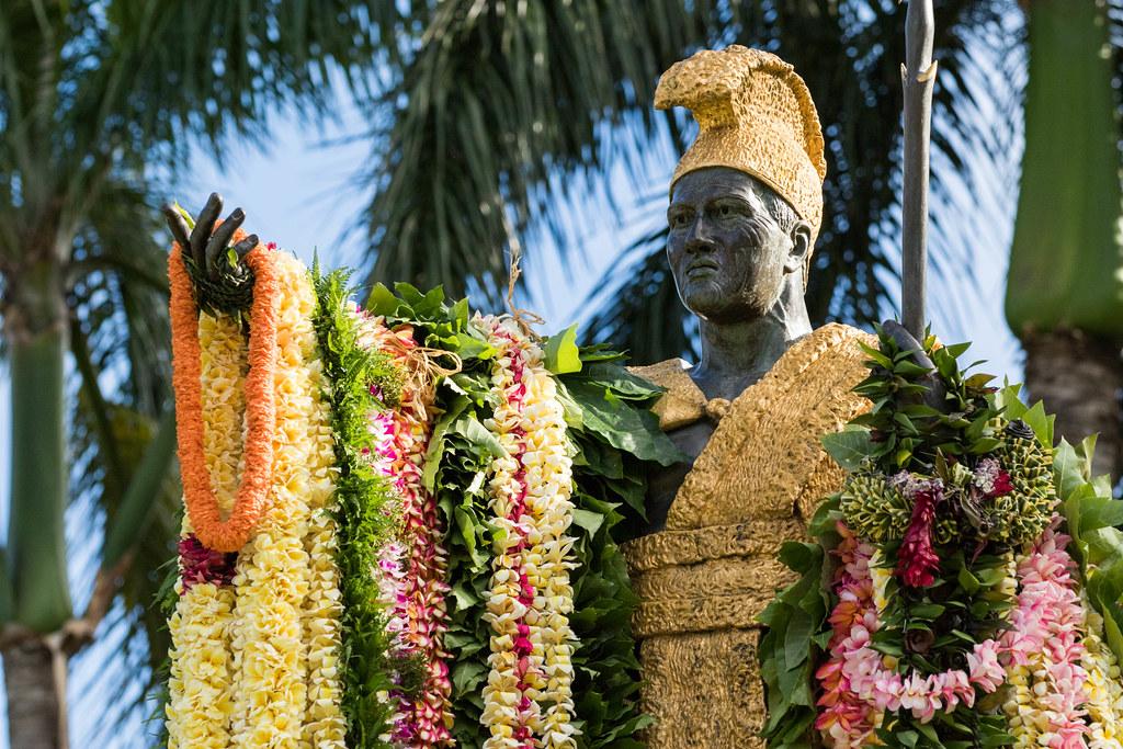 Giorno Kamehameha Lei Cerimonia Drappeggiante Hawaii Anthony-8987