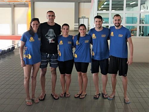 El Club Natación Dos Hermanas se trajo 19 medallas del Open Máster de Verano en Cádiz