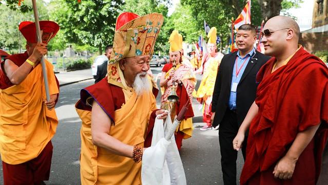 法王噶瑪巴造訪倫敦桑耶宗佛學中心