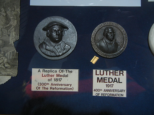 DSCN8723 - A Replica of the Luther Medal of 1817 & Luther Medal 1917