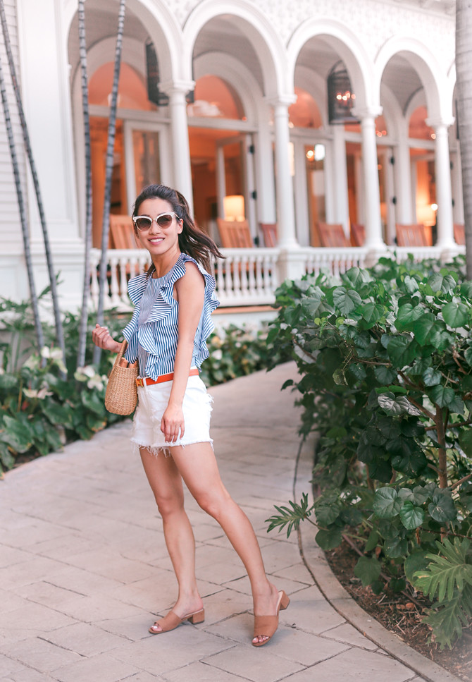 honolulu moana surfrider hotel travel vacation outfit
