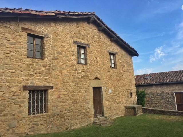 Casa del Veguer en El Mallol (La Garrotxa, Girona)