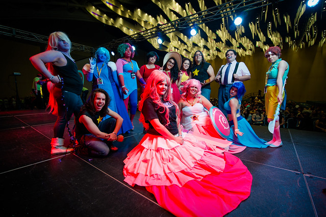 A group of cosplayers strut their stuff at Puerto Rico Comic Con 2016