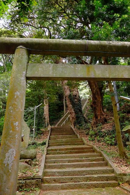 Yukawa Shrine 湯川神社 01