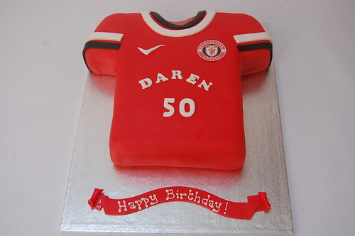 new concept 01b72 25847 Manchester United Football Shirt Cake – Beautiful Birthday Cakes