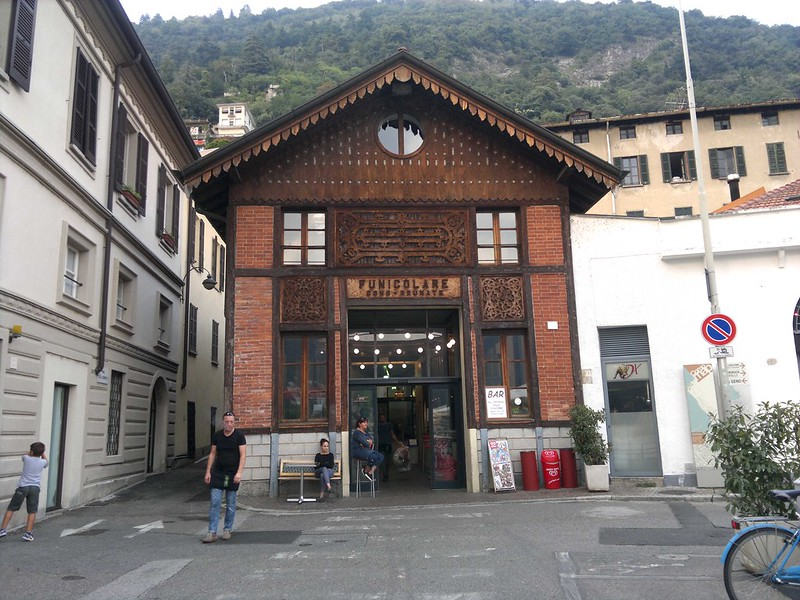 Estação Funicular Como