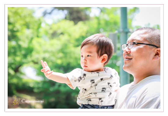 家族写真 ロケーション撮影 ファミリーフォト モリコロパーク 愛知県長久手市 出張撮影 公園 人気 オススメ フォトスタジオとは違う
