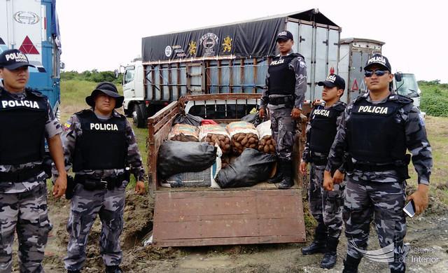 Policía Nacional incautó mercadería ilegal en frontera sur