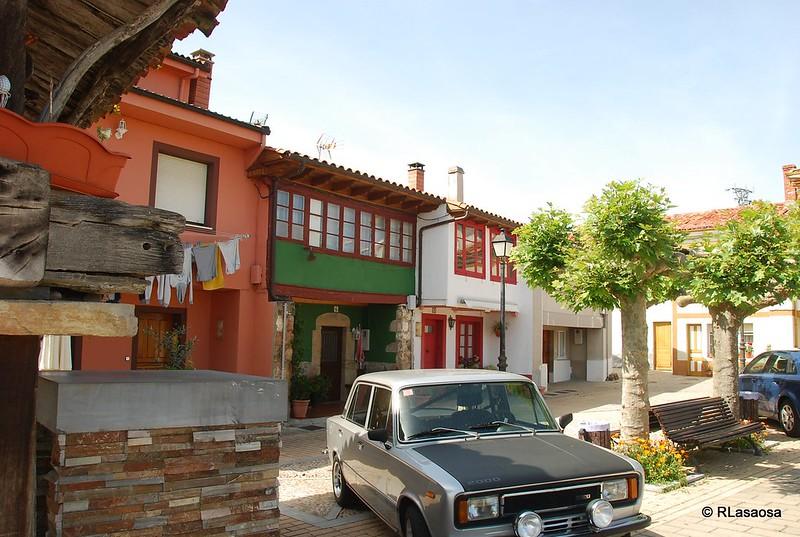Coloristas casa tradicionales en Torazo