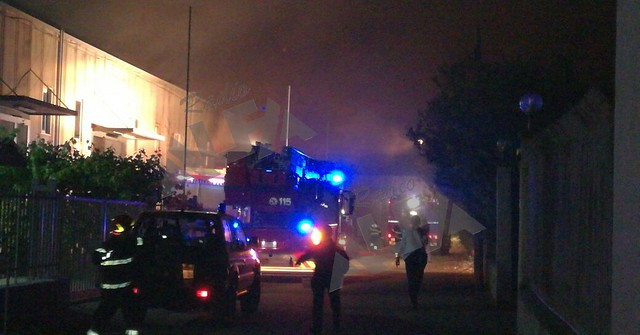 Incendio zona industriale di Salerno