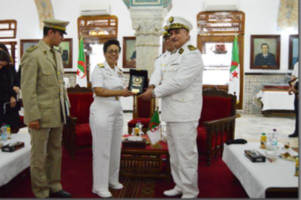 الجزائر : صلاحيات نائب وزير الدفاع الوطني - صفحة 14 34056262703_bffa93b92a_o