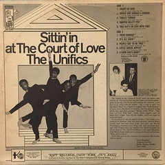 THE UNIFICS:SITTIN' IN AT THE COURT OF LOVE(JACKET B)