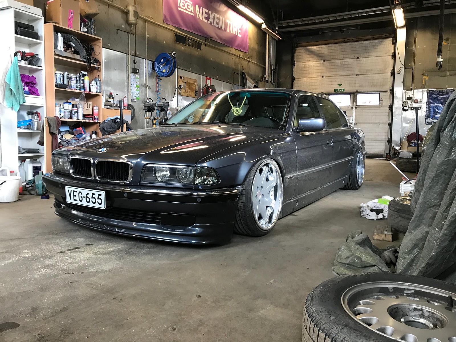 temeee.: Ex S124 & BMW E38 34485874170_d34994f1ec_h