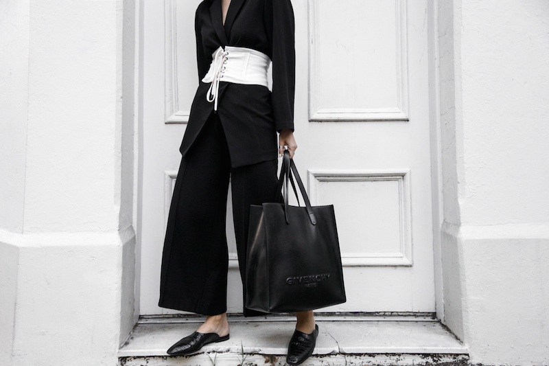 corset belt trend black suit street style loafer mules Givenchy logo tote bag monochrome fashion blogger minimal style kaity modern legacy  (2 of 9)