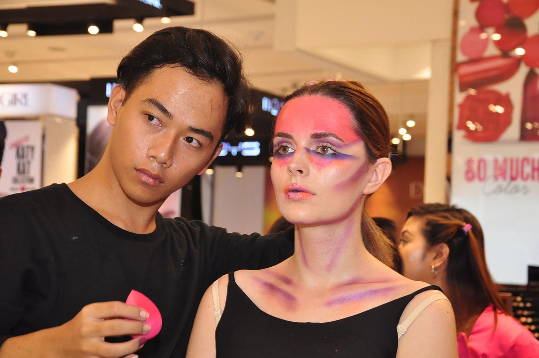 5 Zidjian-Floro-with-Model-Sandra-Ma