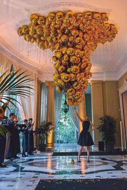 _ilcarritzi_summum_abc_web_men_lifestyle_fashion_travel_italian_embassy_gas_ballon_
