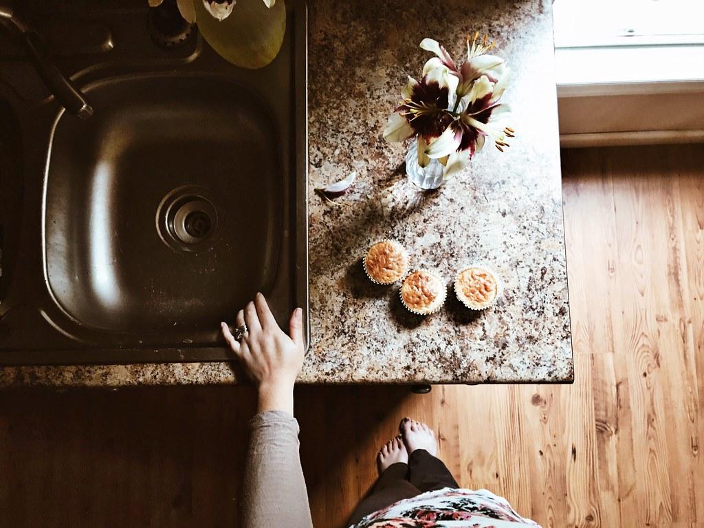 muffinsforbreakfastandfreshflowersoutofourgarden05312017