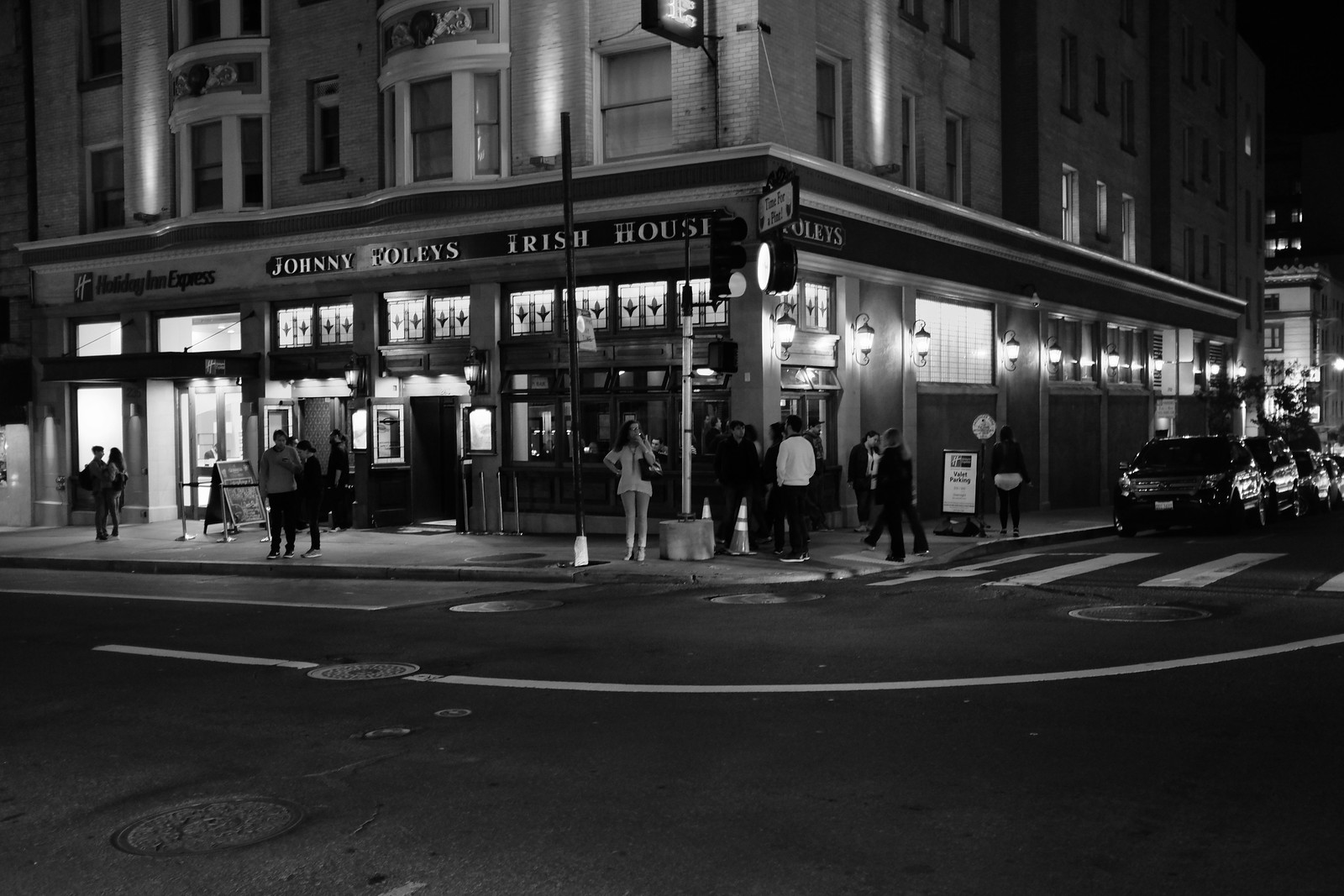 The San Francisco Night photo by FUJIFILM X100S.