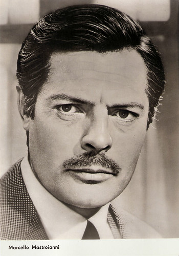 Marcello Mastroianni in Matrimonio all'italiana (1964)
