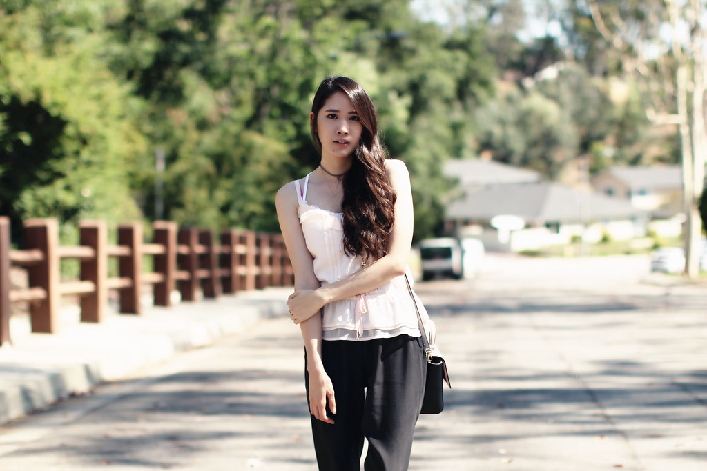 2791-ootd-fashion-outfitoftheday-summerfashion-joggers-peplum-blush-forever21-f21-abercrombie-clothestoyouuu-elizabeeetht本