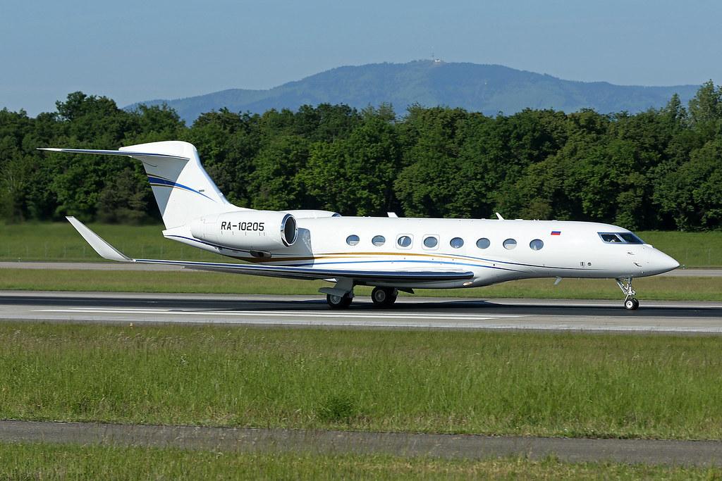 ... Surgutneftegas Gulfstream G650 RA-10205   by Globespotter