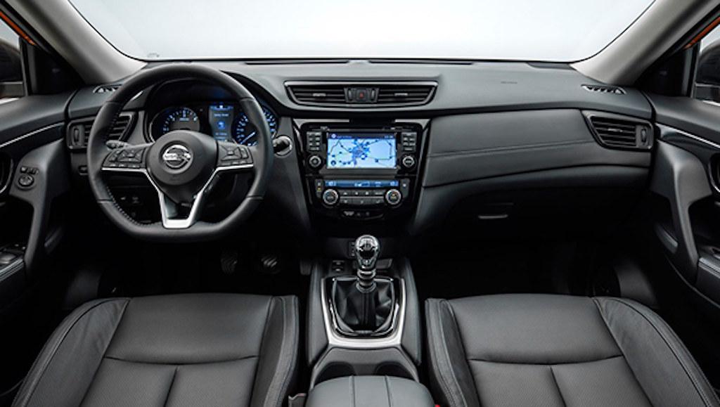 2017-Nissan-X-Trail-1