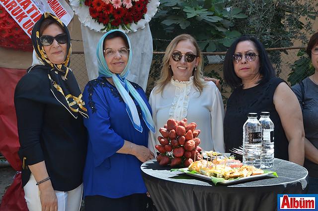 Fatma Hatipoğlu, Esma Alaettinoğlu, Gülfüzar Ertürk, Huriye Yavuz