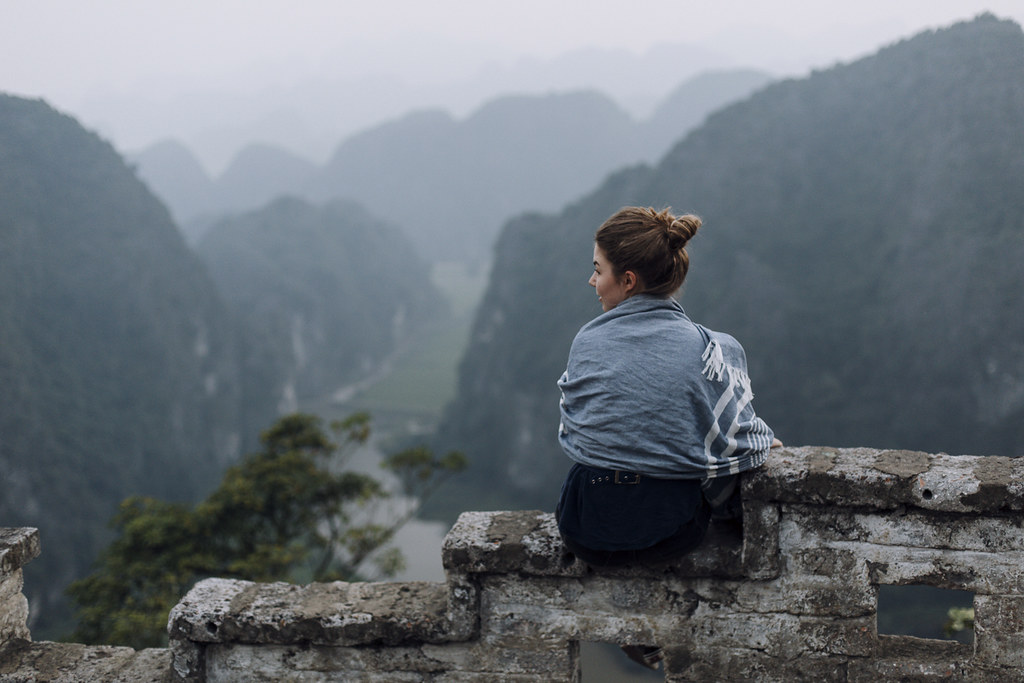 Tam_Coc_10, Ninh Binh and Tam Coc National Park, a Photo and Travel Diary by the Blog The Curly Head, Photography by Amelie Niederbuchner,
