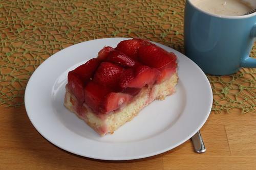 Erdbeerschnitte (von der Bäckerei Schäfer's)