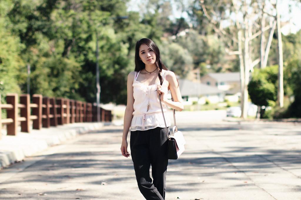 2795-ootd-fashion-outfitoftheday-summerfashion-joggers-peplum-blush-forever21-f21-abercrombie-clothestoyouuu-elizabeeetht