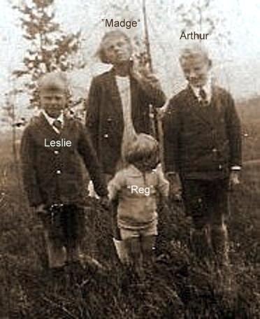 Madge, Arthur, Leslie, Reg 2x cropped