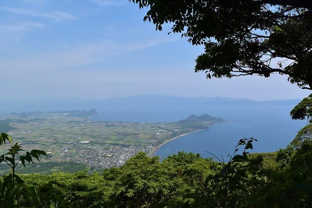 開聞岳5合目から眺める海