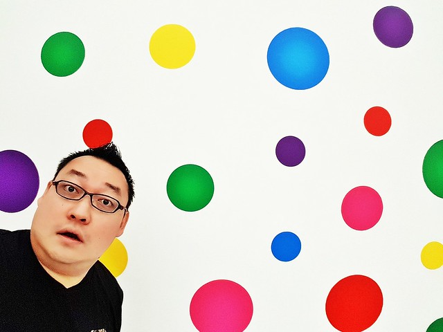 Ivan Teh RunningMan - Colourful Polka Dots Me