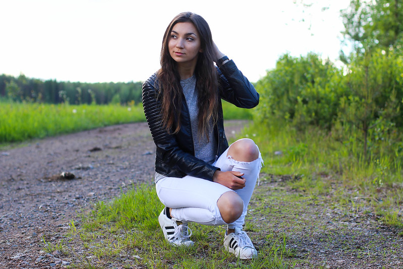 cold summer night outfit 5