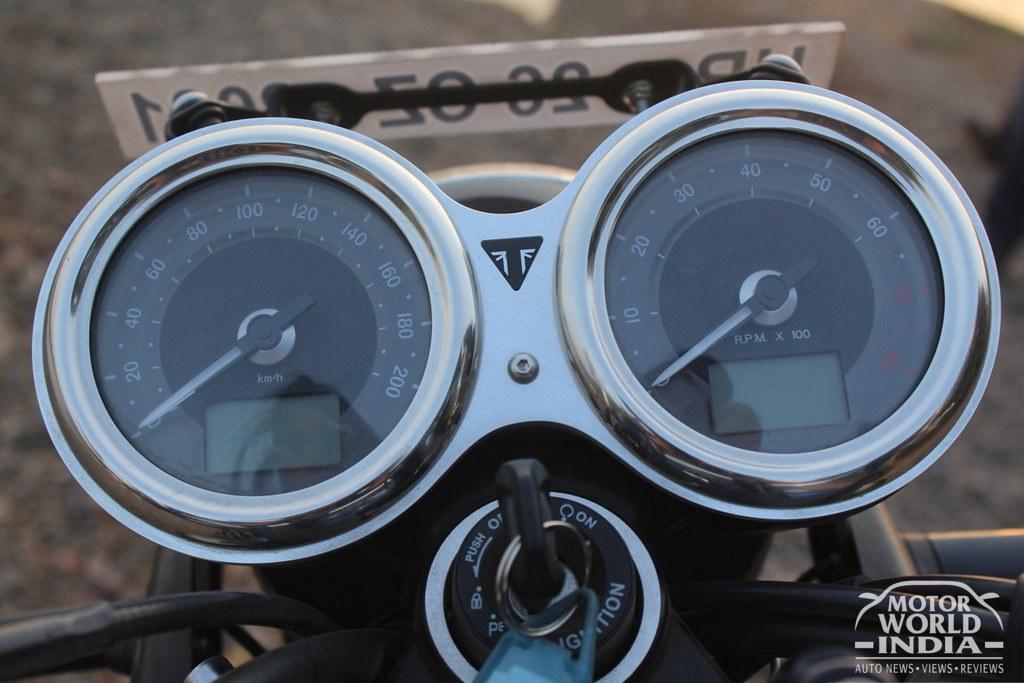 Triumph-Bonneville-T100 (27)